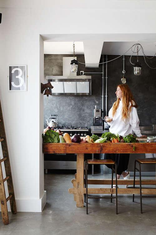 Lomo_Beach_house_Gigi_kitchen