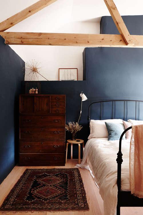 dark_blue_country_bedroom